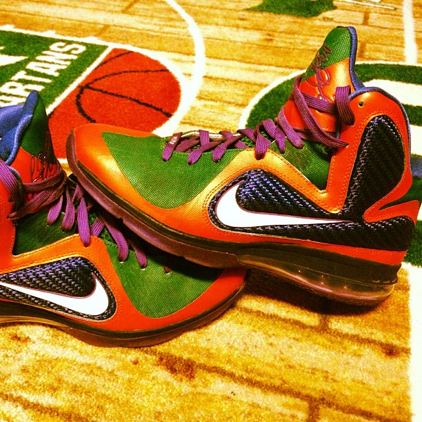 ... Some flashy ass shoes right here haha my Nike iD LeBron 9's, crazy  colors on