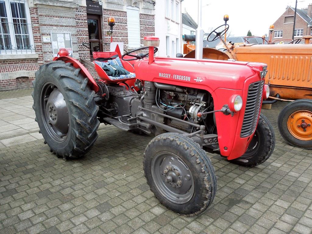 Ferguson >> Tracteur MASSEY-FERGUSON 37   Rassemblement annuel organisé …   Flickr