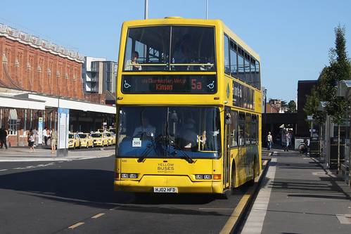 Yellow Buses 420 HJ02HFD