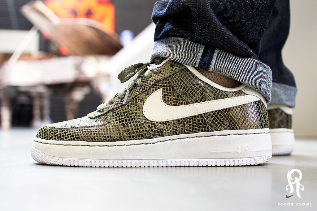 nike air force 1 snakeskin green