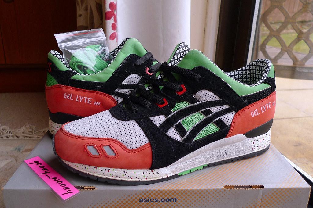Running Shoe Store In Utica Mi