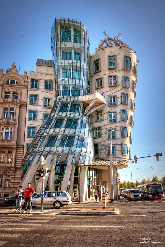 La Casa Danzante. Prag...