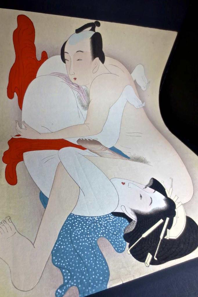 Erotic art forum