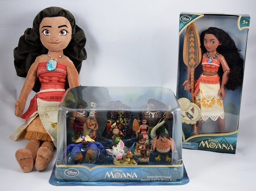 Disney Store Moana Merchandise On Release Day Monday 2016