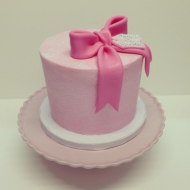 Birthday Cake Images Glitter : Pink glitter first birthday cake #polkadotscupcakefactory ...