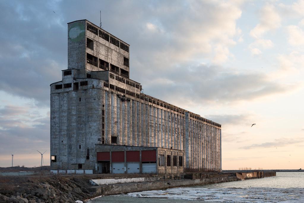 Buffalo, New York Grain Elevator | David Schalliol | Flickr