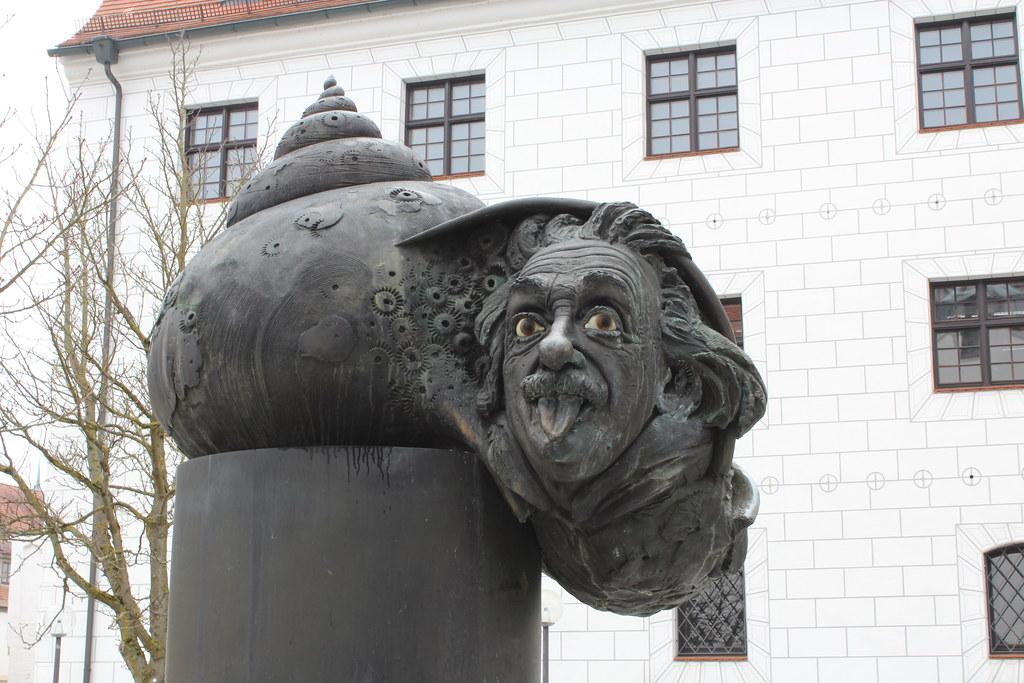 Эйнштейн в Ульме, Германия
