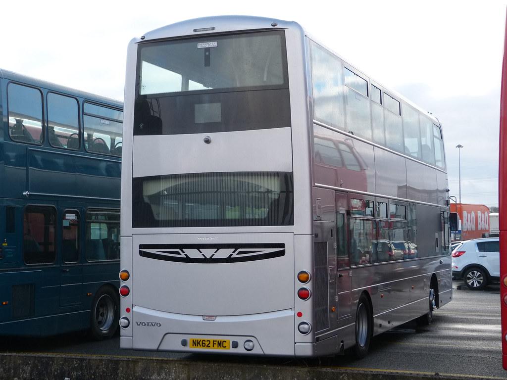 https://www.flickr.com/photos/mals_uk_buses/8660310447/