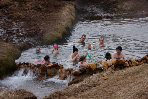 reykjadalur natural hot springs r237o agua caliente valle h