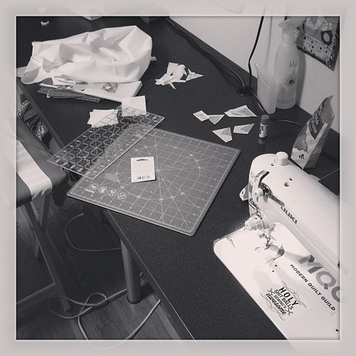 #widrn Making a mess in @bettycrockerass sewing studio and trying out her newly dropped sewing machine  tagged by @ayragon #housesitting | by AGypsiSoul