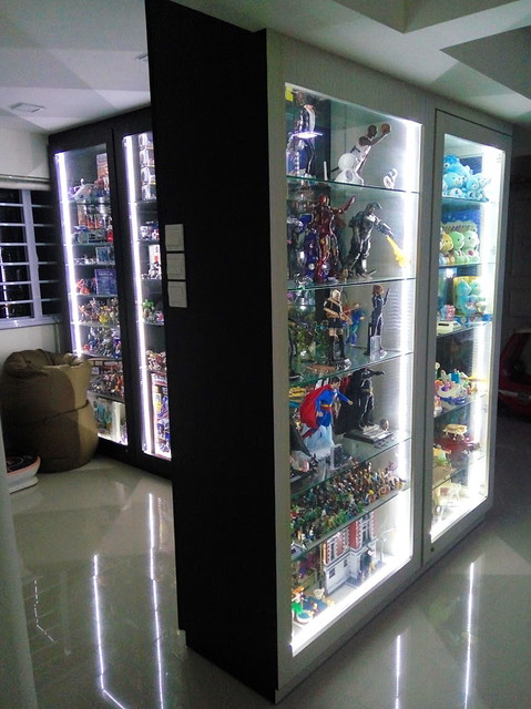 Where To Find Toys Display Cabinets Www Hardwarezone Com Sg