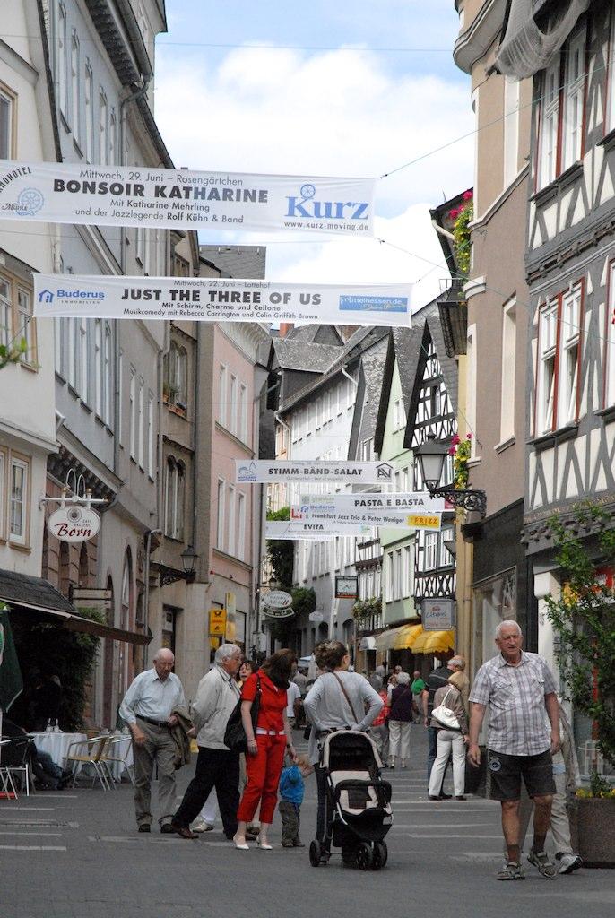 wetzlar germany town 2 walking the streets in wetzlar. Black Bedroom Furniture Sets. Home Design Ideas