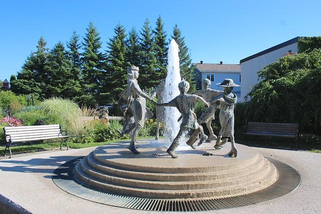 park-fountain-creemore-ontario