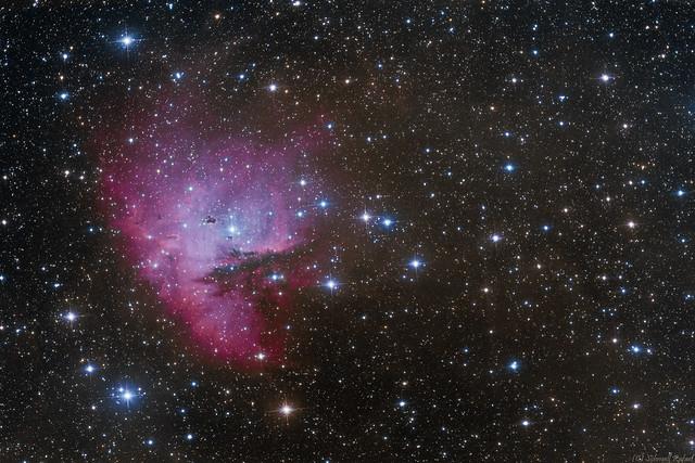 VCSE - A Pacman köd - NGC 281 - Schmall Rafael