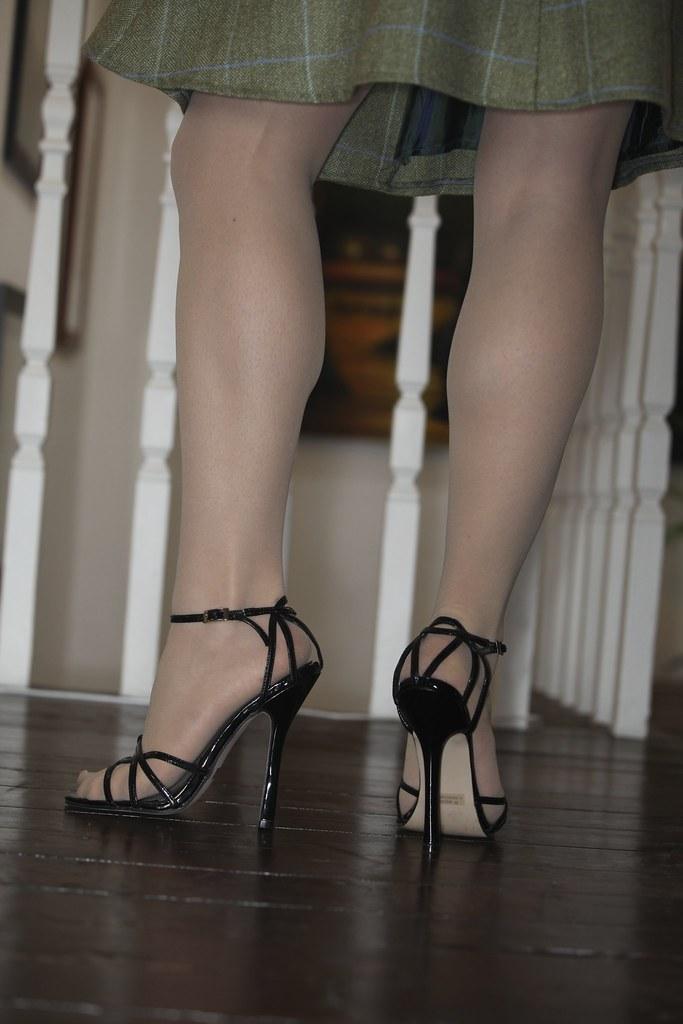 Apologise, pantyhose platform sandal bondage