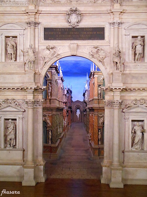 Accelerated Perspective, Teatro Olimpico - Vicenza