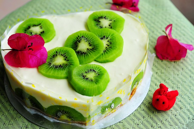 Kiwi Cheesecake 奇異果芝士凍餅 | Flickr - Photo Sharing!