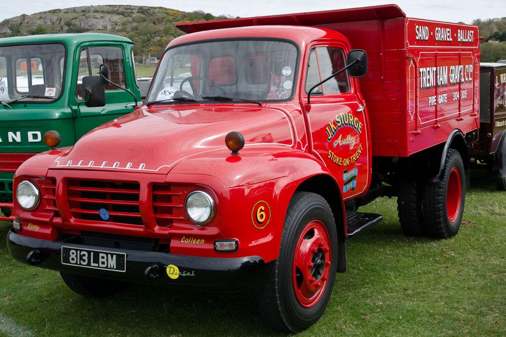 Bedford TJ (1963) | Llandudno Transport Festival 04/05/2013 | Steve Glover | Flickr