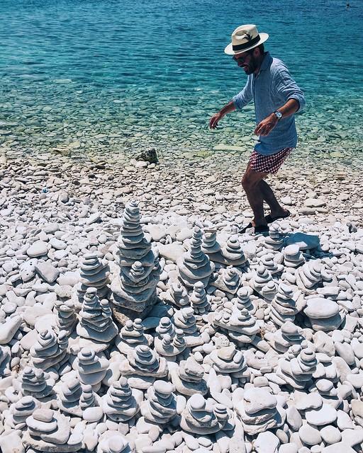 _ilcarritzi_croatia_vis_stones_