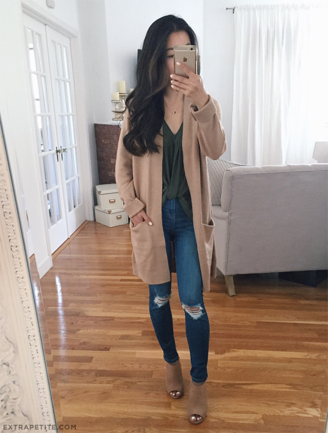 topshop jamie jeans boyfriend cardigan fall outfit idea