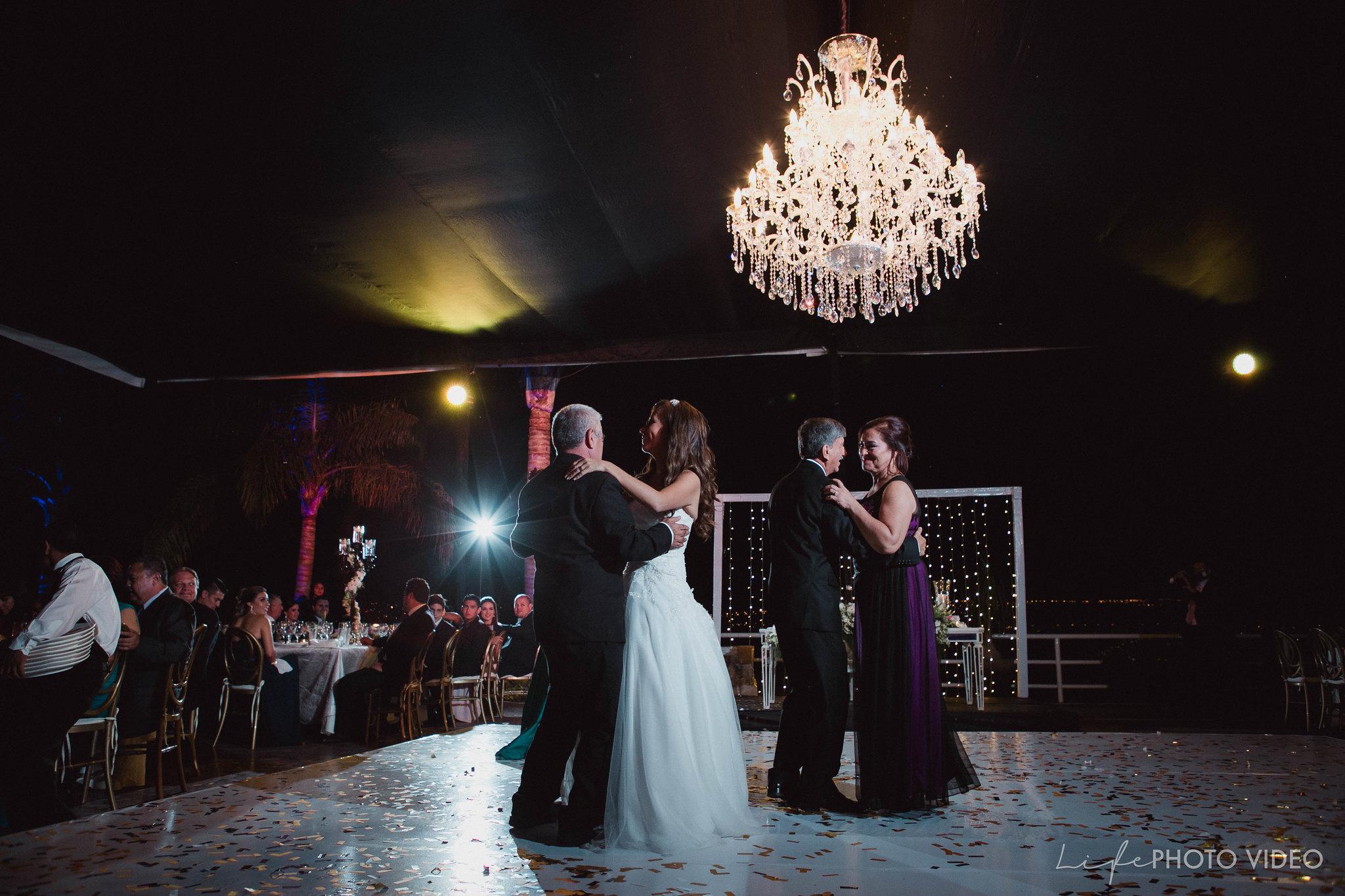 Boda_LeonGto_Wedding_LifePhotoVideo_0056.jpg