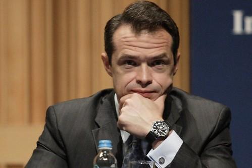 Міністр Польщі, звільнений за дорогий годинник, очолив «Укравтодор»