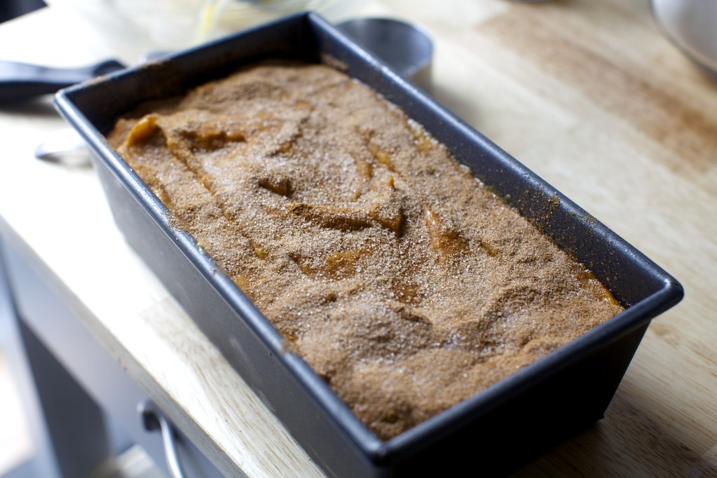 too much cinnamon sugar | Pumpkin Bread on smittenkitchen.co… | Flickr