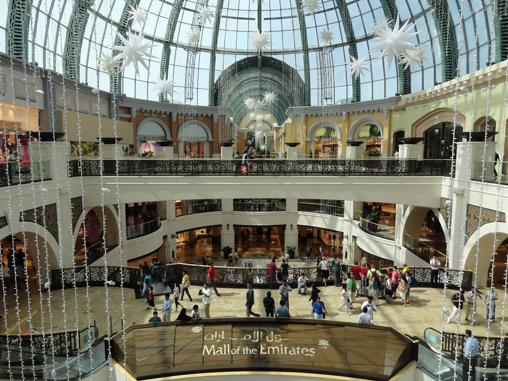 Mall of the Emirates, ...