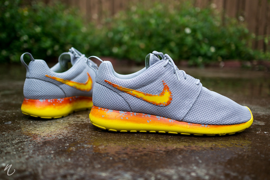 Roshe Run Nike Shoes Image