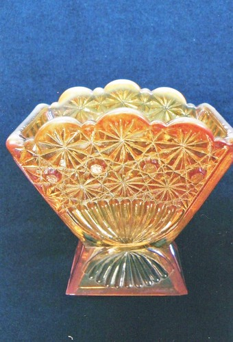 Daisy & Button Toothpick | by Jerry & Carol Curtis Carnival Glass Miniatures-Nov