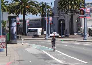 Dashed green bike lane on the Embarcadero approaching Bryant Street | by sfbike