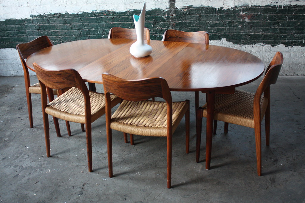 Handsome Hans Wegner Danish Expandable Mid Century Modern     Flickr. Mid Century Teak Dining Table And Chairs. Home Design Ideas