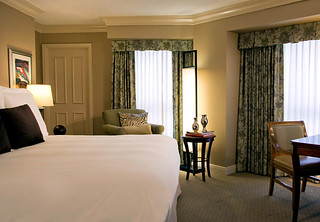 Hotel Suites in Nashville at Renaissance | by AvidTraveler123