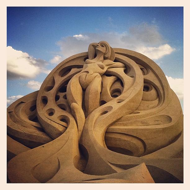 #woman #sand #sculpture | Aurvig | Flickr