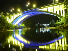 Puente Moscú
