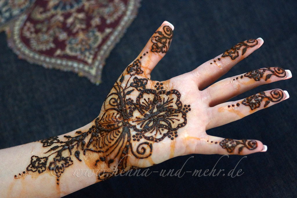 Henna Or Mehndi : Henna for amber palm of the hand or mehndi is not u flickr