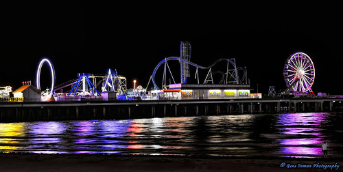 7389 - Galveston Island Beach - Texas, Pleasure Pier | by GeneInman.com