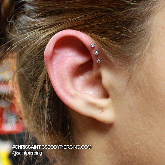 Triple Helix Piercing | 3 Diamonds on the Ear - Triple ... Ear Piercings Triple Helix