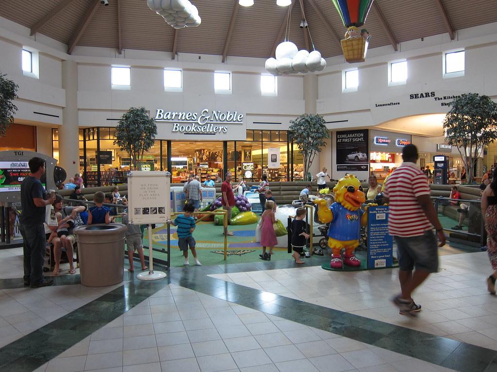 Coral Ridge Mall Coralville Iowa 7 21 12 04 Anothertom