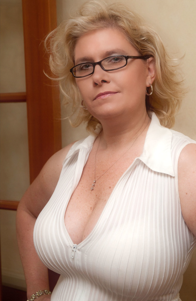 Really need mature busty woman porn fucking
