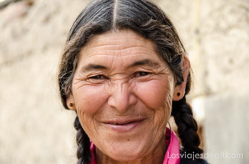 trekking cerca de Leh mujer de Saboo