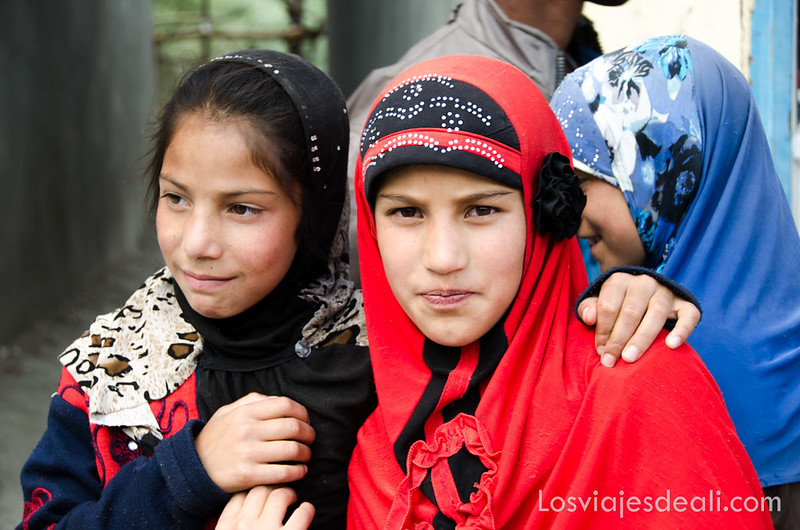 pueblos de Cachemira niñas de Drass