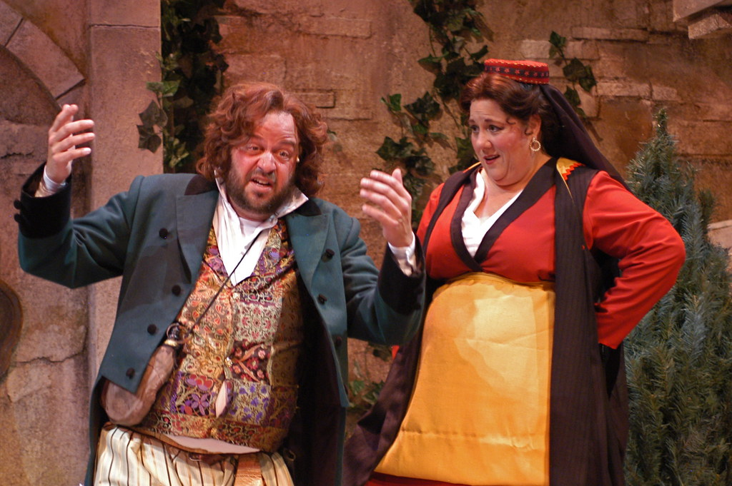 """twelfth night and olivia sir toby Michael maloney sir toby belch: david troughton olivia:  twelfth night – by tim supple  """"i played olivia's brother in twelfth night."""