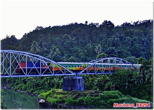 Sibinuang on the Bridge | by maulana_BB204