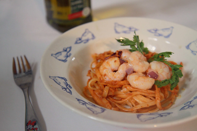 Pasta Aligue (Crab Fat) and Shrimps