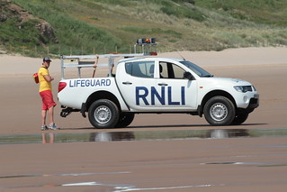 RNLI Beach Patrol - Tynmouth Long Sands | by Vinsco Air Flickr