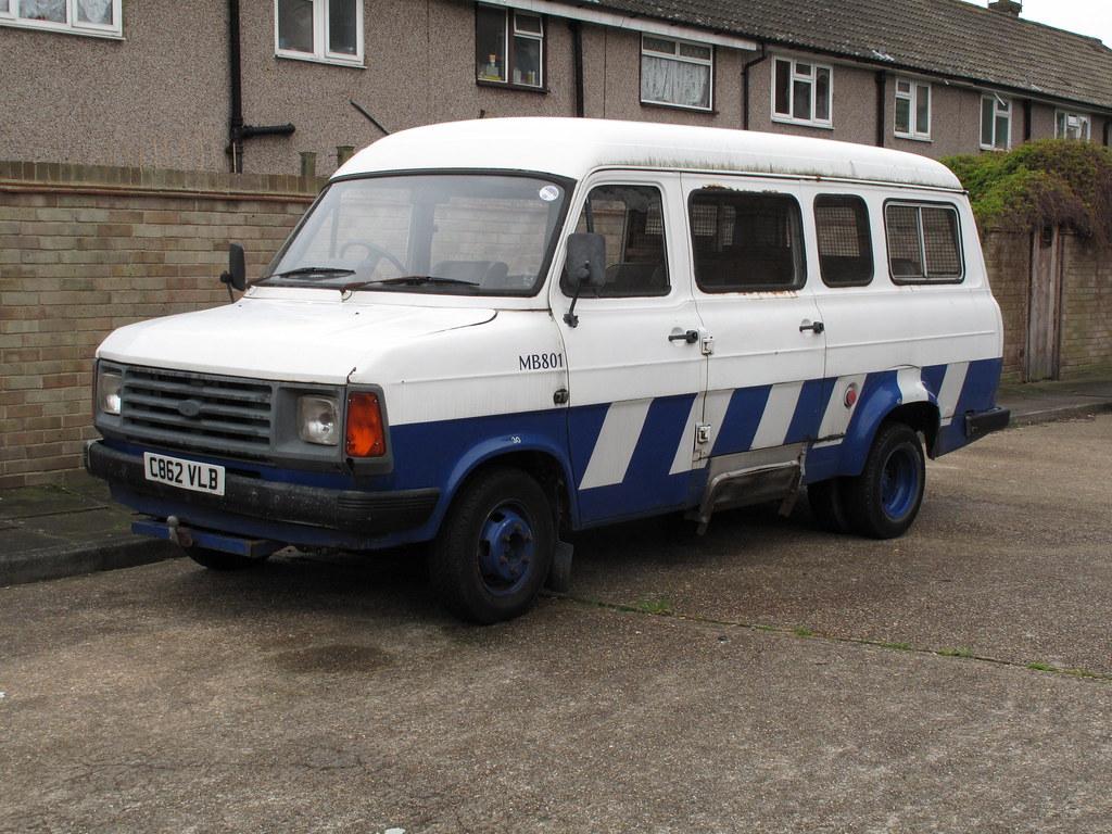 1986 ford transit mk2 minibus davocano flickr. Black Bedroom Furniture Sets. Home Design Ideas