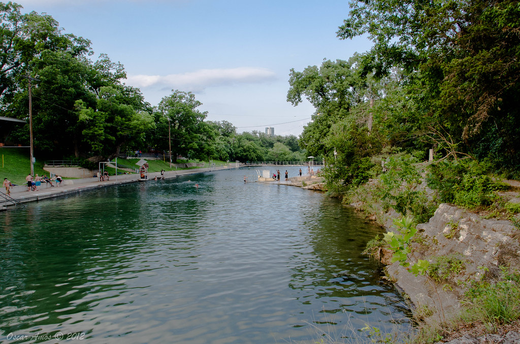 Barton Springs Pool Barton Springs Pool Is A Man Made Recr Flickr