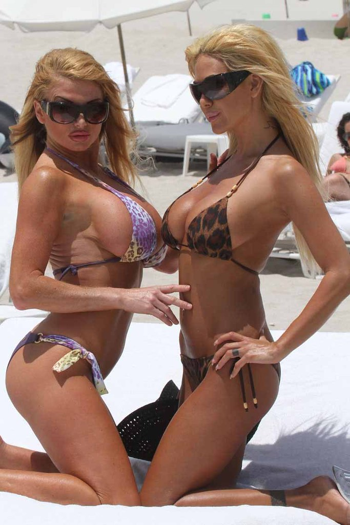 SPL179911_001 | Taylor Wane and Shauna Sands posing for ...