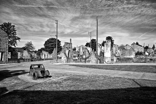 Rusty Car Mono | by andywest1